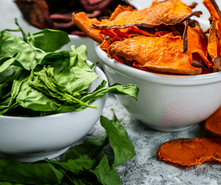 Bowl of fresh spinach chips